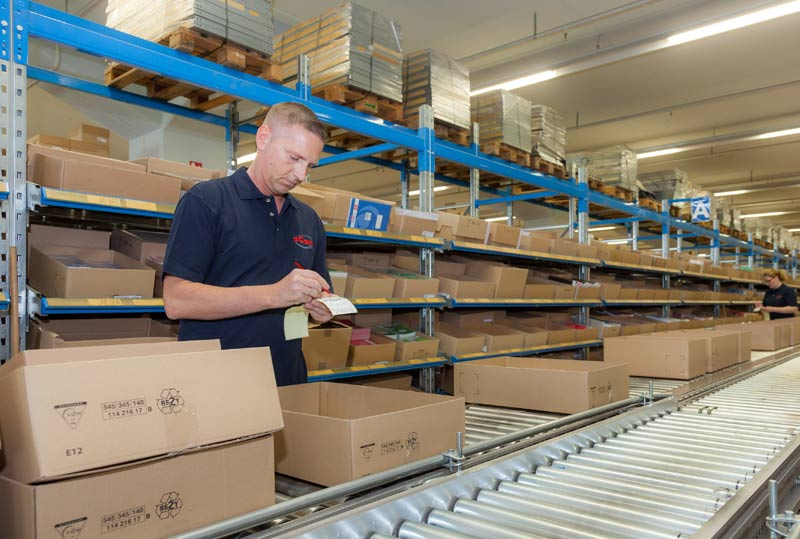 Kommissionierung im Logistiklager